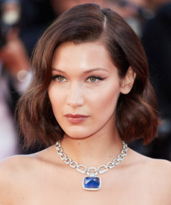 Bella Hadid Hairstyle for Oval Shaped Face Renew