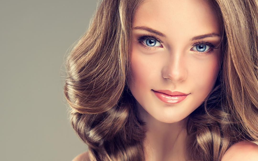 Beat That Summer Frizz With These Tips