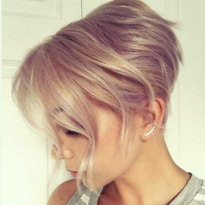 fabulous champagne blonde hair