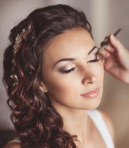 Half-up-half-down-hairsyle-for-a-wedding