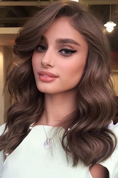 Elegant brown hair